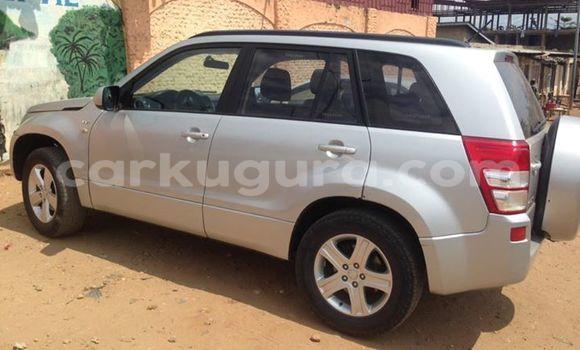 Acheter Voiture Suzuki Grand Vitara Gris à Mairie en Bujumbura